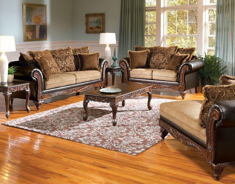 Fairfax Living Room Set in Chocolate/Splurge