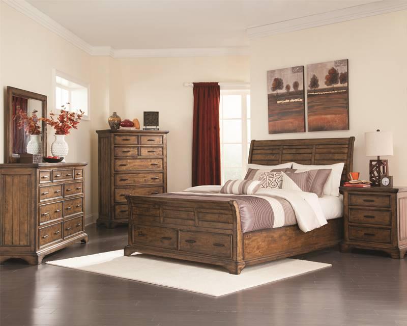 Elk Grove Bedroom Set with Sleigh Storage Bed