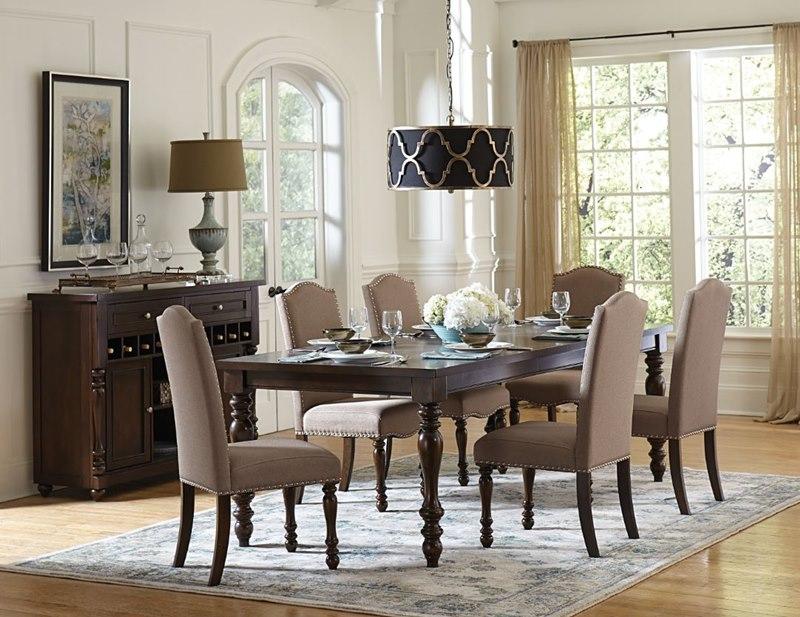 Benwick Dining Room Set