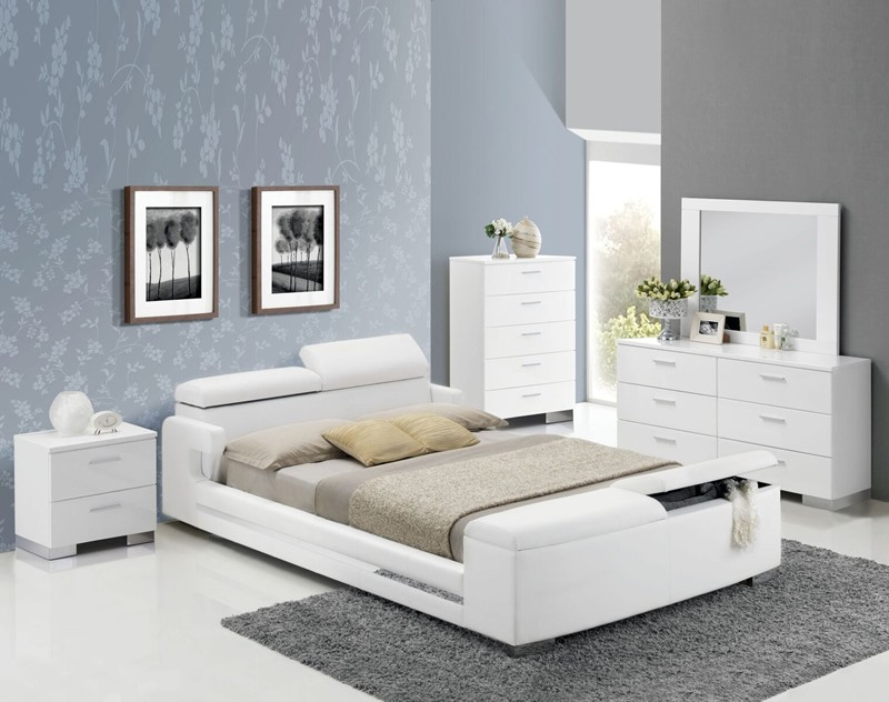 Layla Bedroom Set