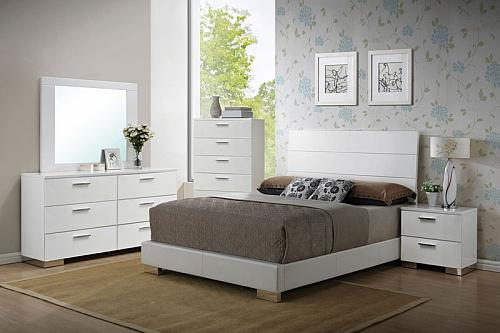 Lorimar Bedroom Set with Panel Headboard