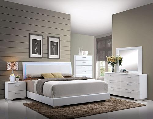 Lorimar Bedroom Set with LED Headboard