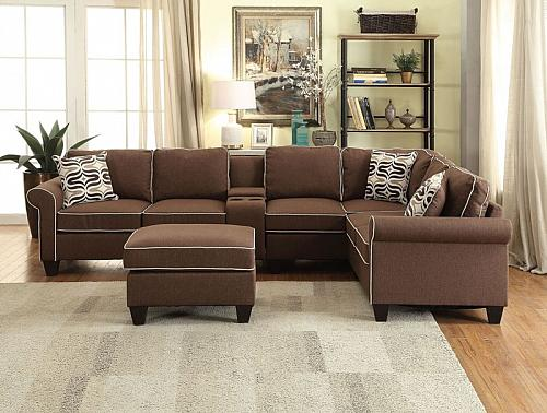 Kelliava Sectional Sofa with Ottoman in Chocolate