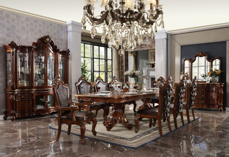 Picardy Formal Dining Room Set in Cherry Oak