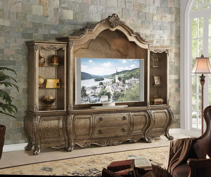 Ragenardus Entertainment Center in Oak