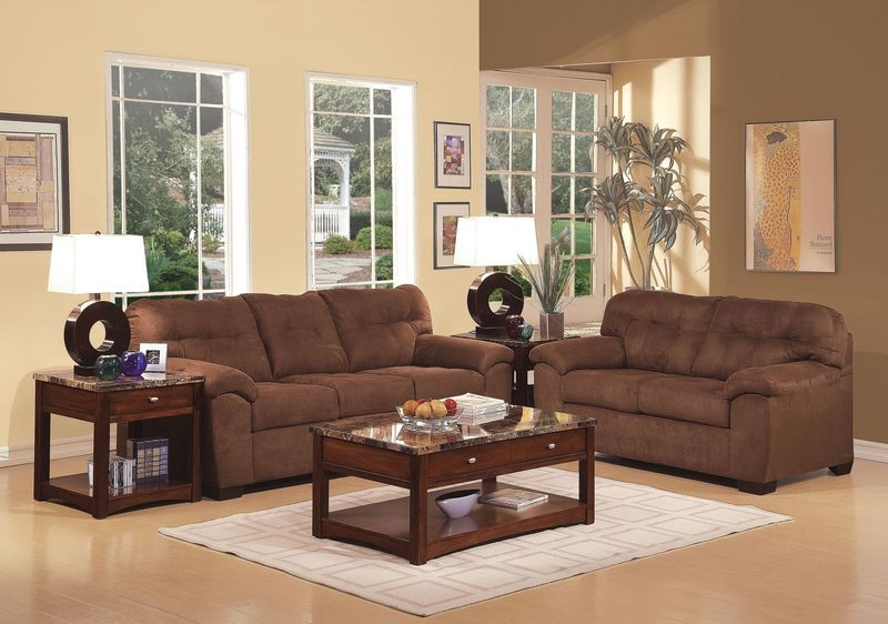 Aislin Living Room Set