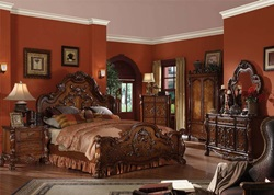 Dresden Bedroom Set in Cherry