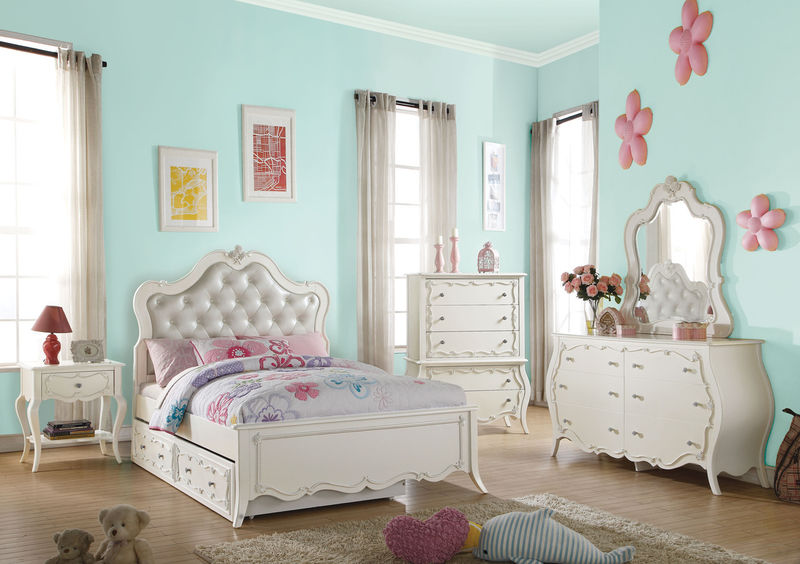 Edalene Youth Bedroom Set