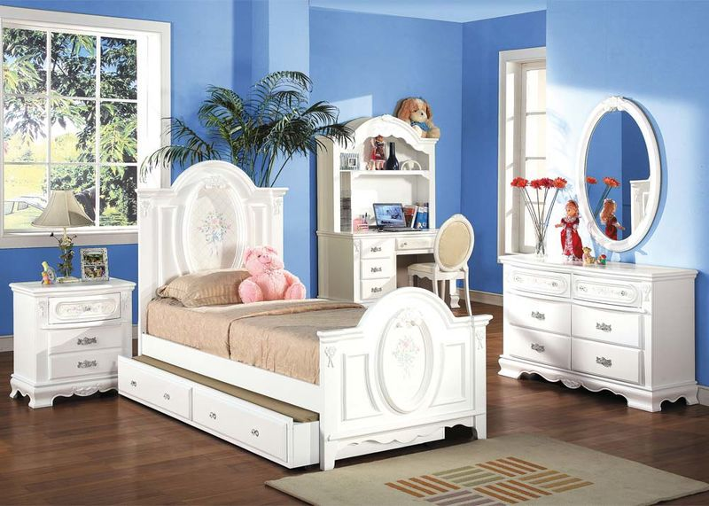 #01680T Flora Youth Bedroom Set
