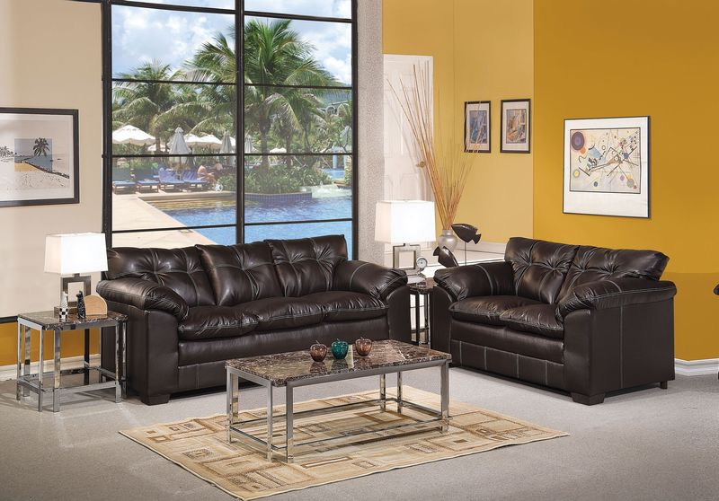 Hayley Living Room Set in Onyx