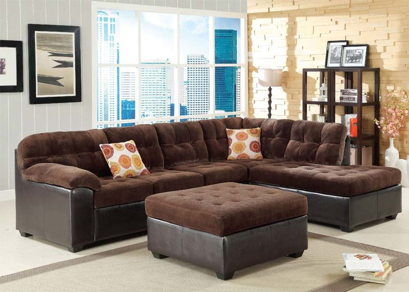 Layce Sectional in Chocolate