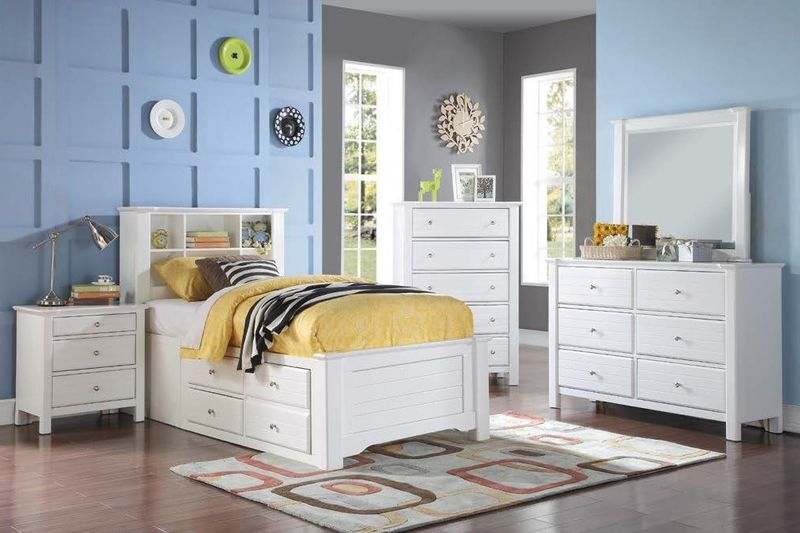 Mallowsea Youth Bedroom Set with Storage Bed in White