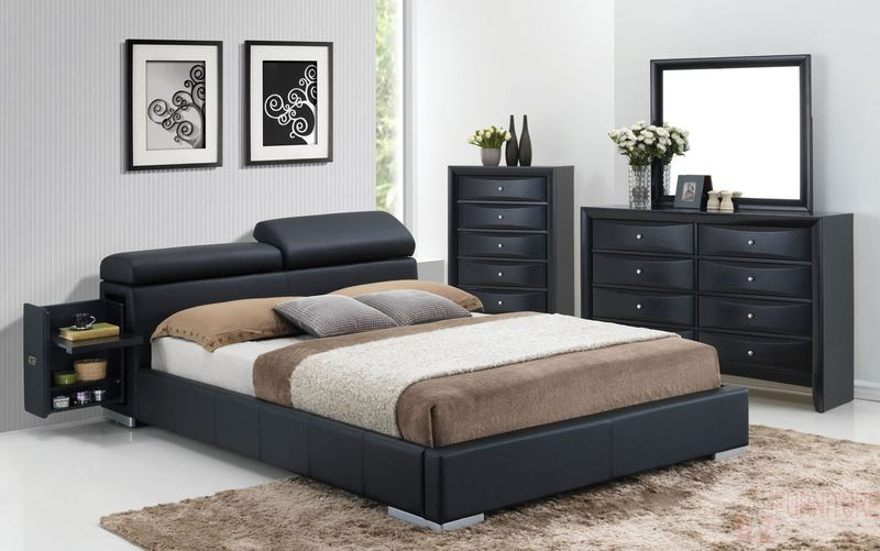 Manjot Bedroom Set in Black