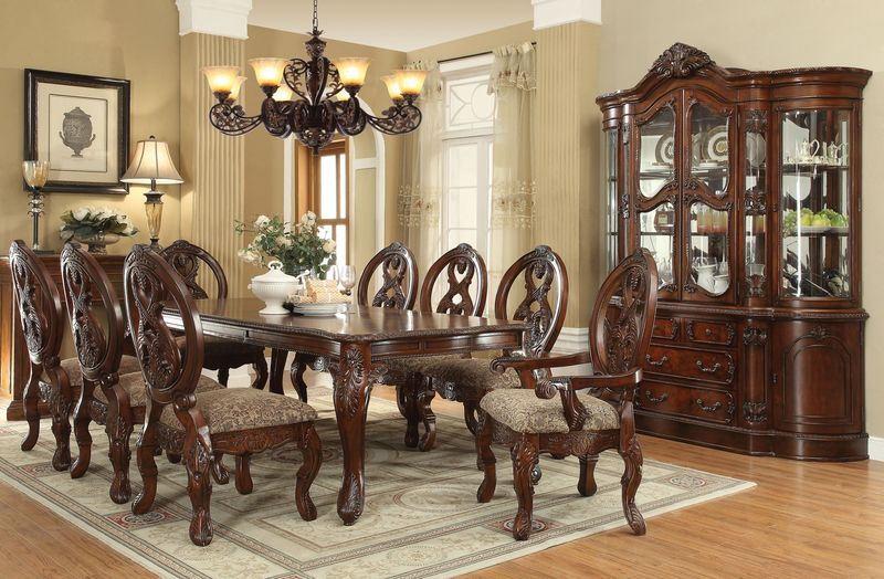 Rovledo Formal Dining Room Set with Leg Table