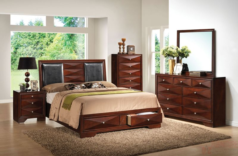Windsor Bedroom Set with Storage Bed