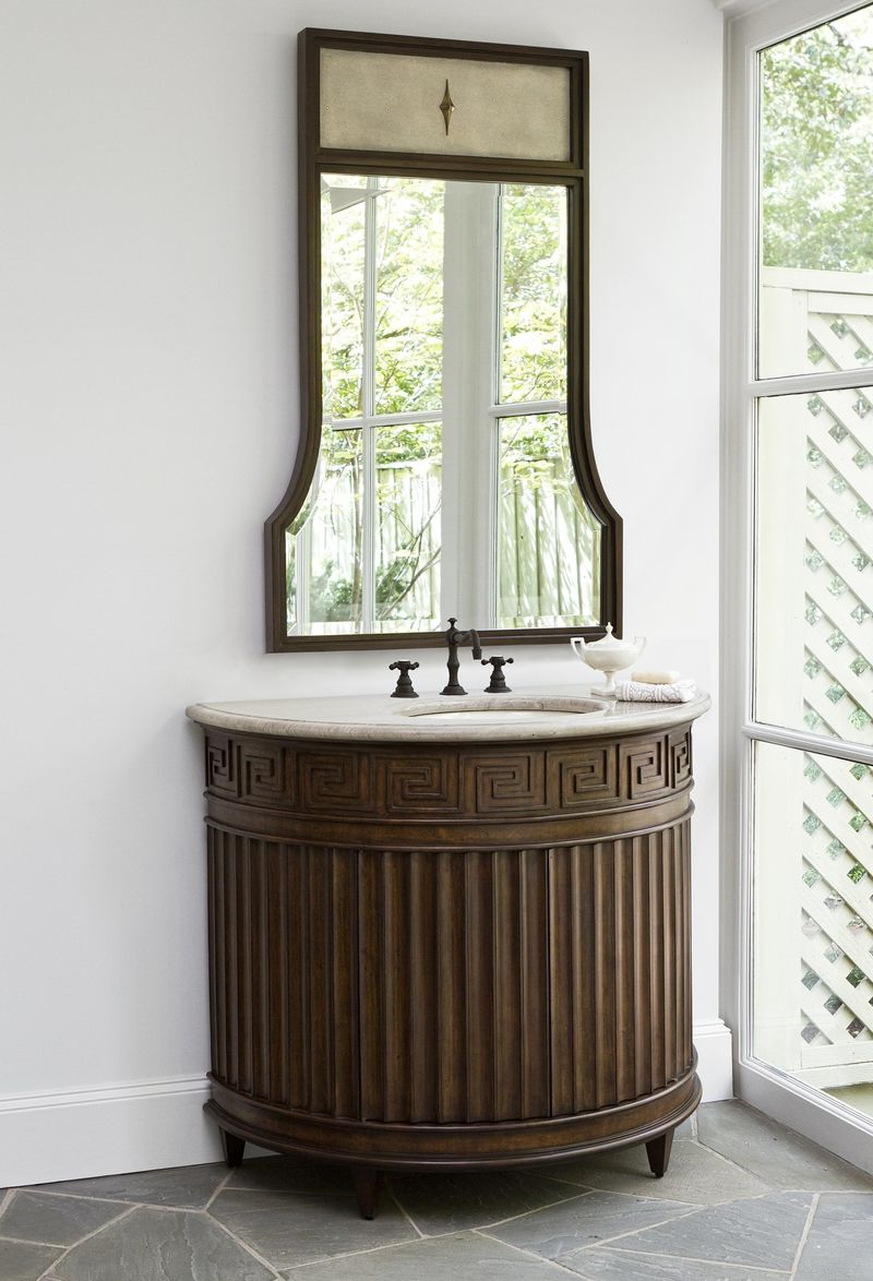 Fluted Sink Chest - Dark
