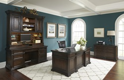 Grand Classic Computer Desk with Hutch
