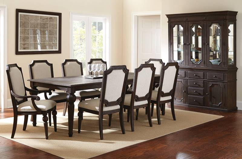 Cayden Formal Dining Room Set