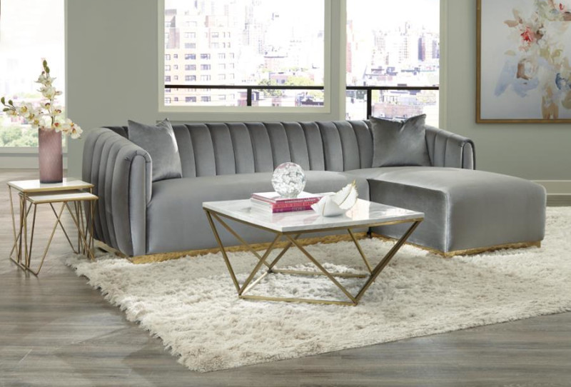 Grisby Sectional Sofa