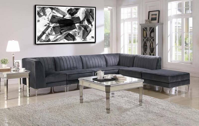Cassandra Sectional Sofa