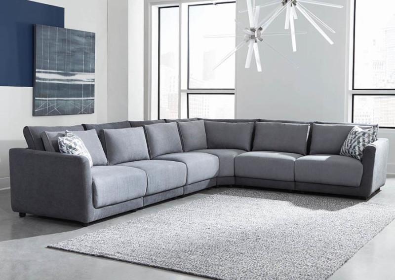 Seanna Sectional Sofa