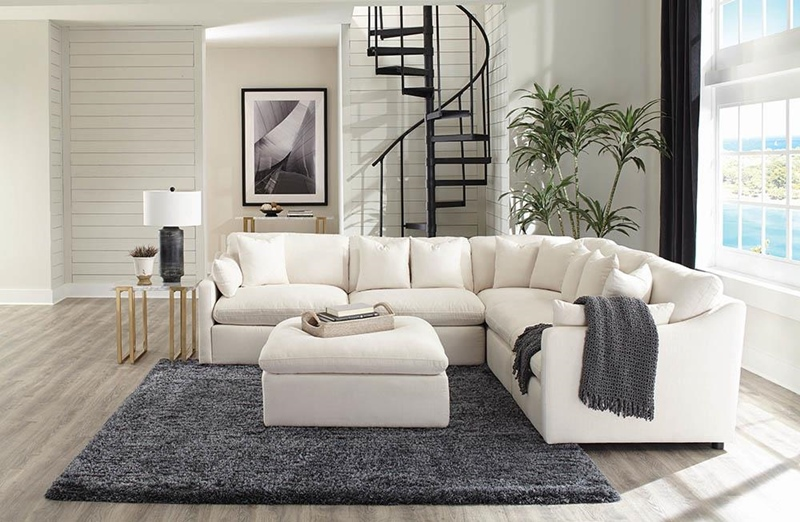 Hobson Living Room Sectional