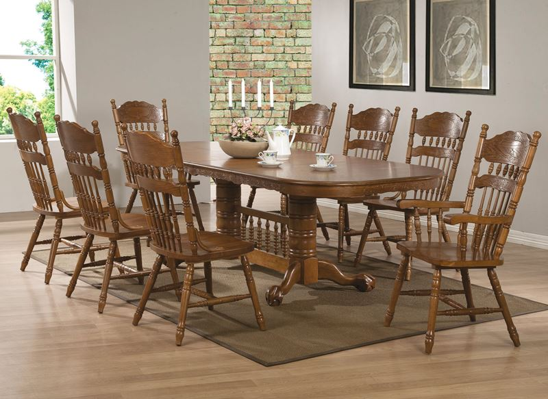 Brooks Nostalgic Large Country Kitchen Table Set