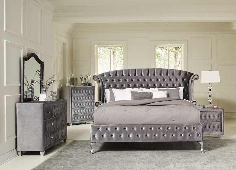 Deanna Bedroom Set in Gray Velvet