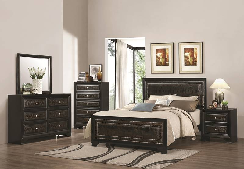 Delano Bedroom Set with Croc Accents