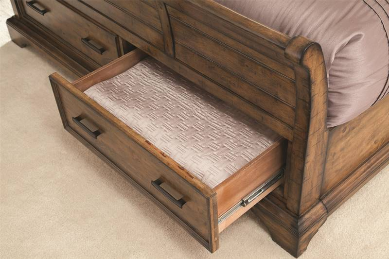 Elk Grove Bedroom Set with Sleigh Storage Bed