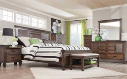 Franco Bedroom Set in Burnished Oak