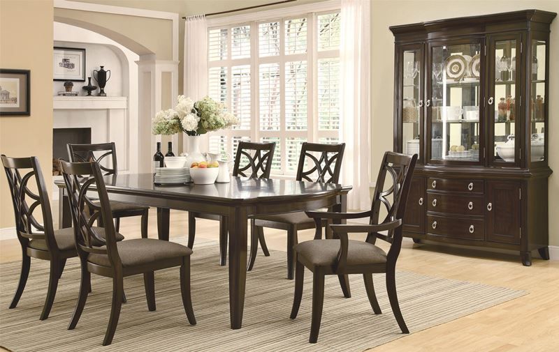 Meredith Dining Room Set