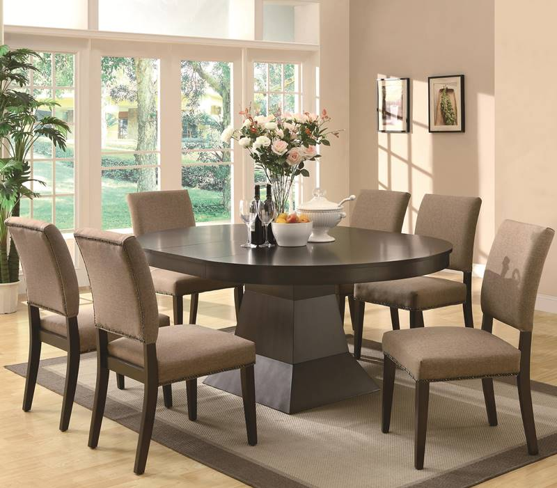 Myrtle Casual Round To Oval Dining Room Set