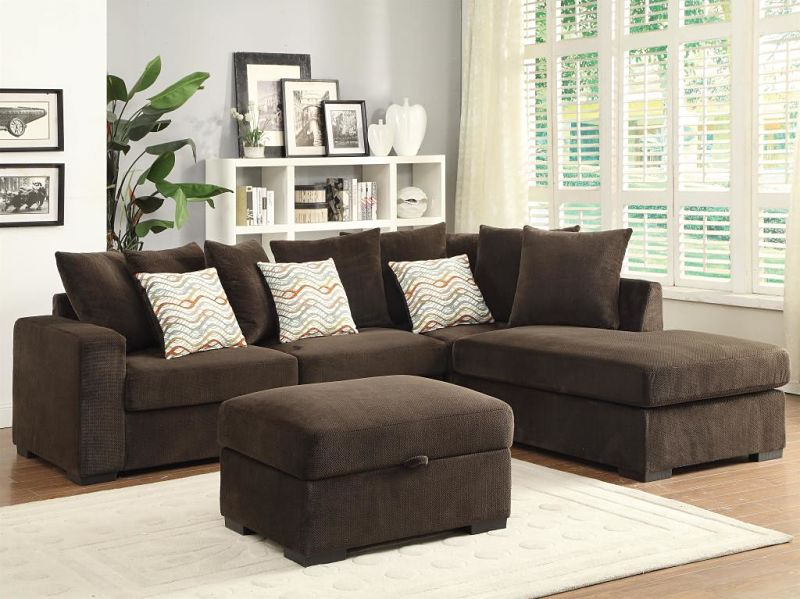 Olson Sectional with Reversible Chaise in Chocolate