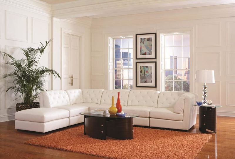 Quinn Leather Sectional In White