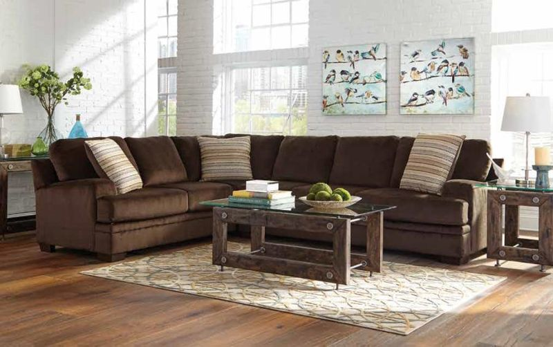 Robion Sectional Sofa