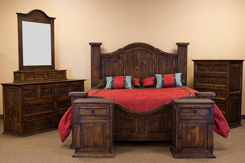 Curved Medio Rustic Bedroom Set