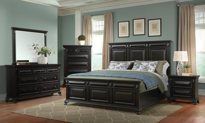 Calloway Bedroom Set in Black