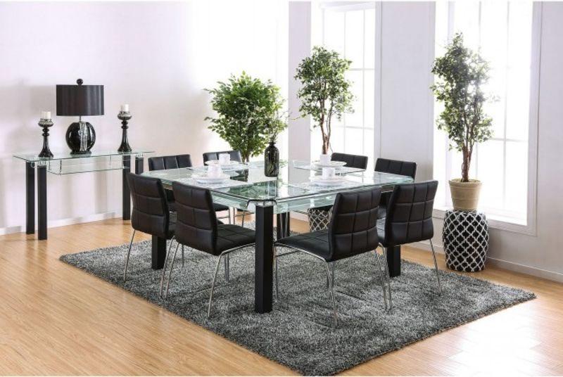 Batesland Dining Room Set