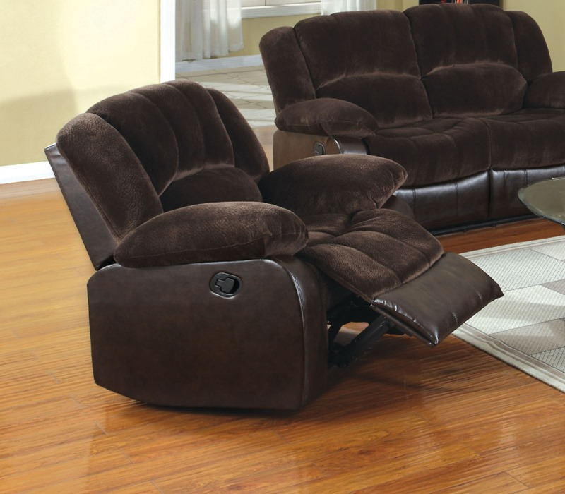 Winchester Reclining Sectional