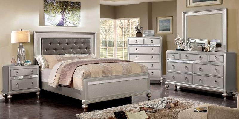 Avior Bedroom Set in Silver
