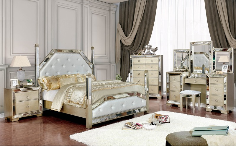 Loraine Bedroom Set with Post Bed