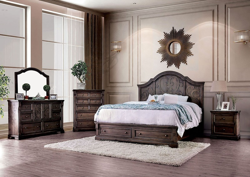 Amadora Bedroom Set in Luscious Walnut