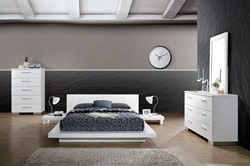 Christie Bedroom Set in White