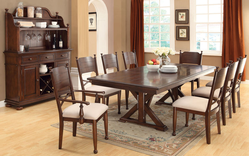 Descanso Dining Room Set