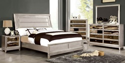 Golva Bedroom Set in Silver