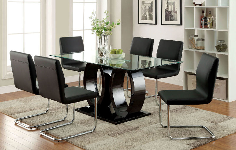 Lodia Dining Room Set in Black