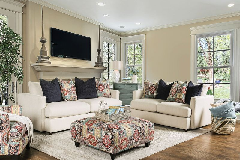 Pomfret Living Room Set