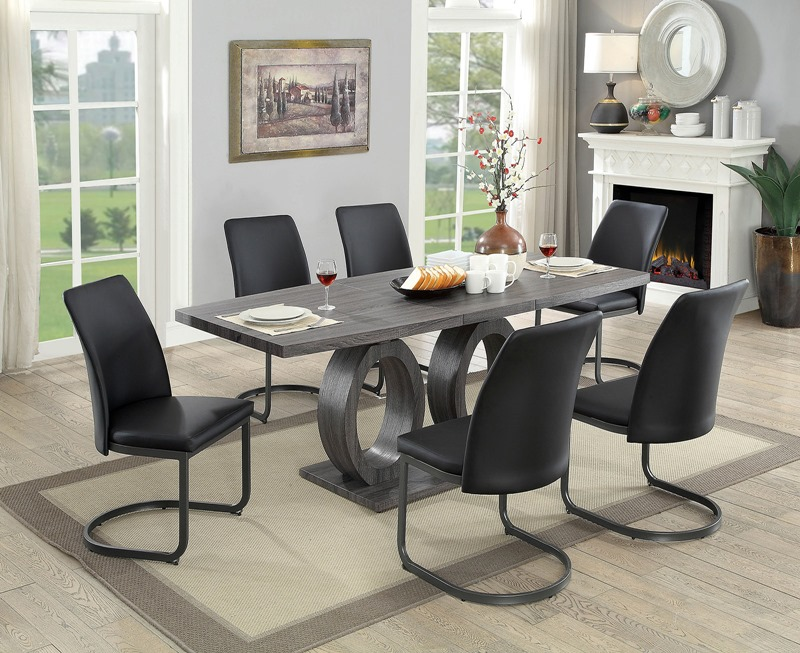 Saskia Dining Room Set