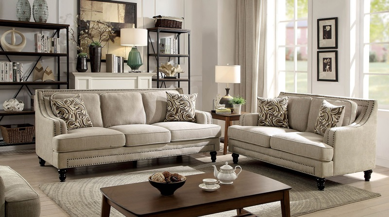 Everly Living Room Set